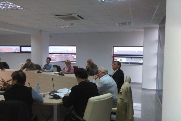 In sfarsit: Proiect de modernizare a statiilor CTP privind achiziționarea și amplasarea de panouri electronice de afișare a temperaturii, a orei și a timpului de sosire în stație a mijloacelor de transport