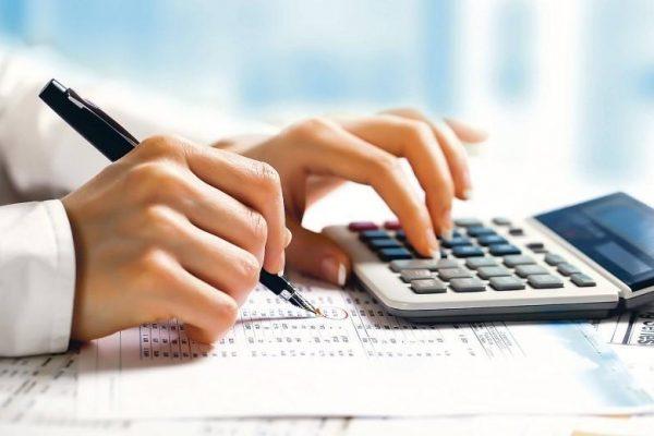 Cum se schimbă salariile după mutarea CAS de la angajator la angajat