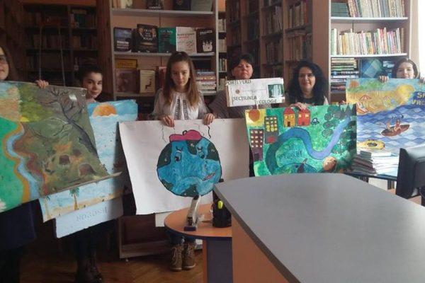 """Proiectul """"PORȚI VERZI"""" -  Parteneriat româno–maghiar pentru sprijinirea școlarizării copiilor săraci din Africa"""