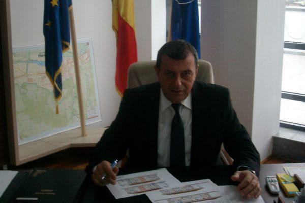 Primarul Florestiului incearca sa puna capat speculatiilor care-l dau ca plecat din PNL la ALDE