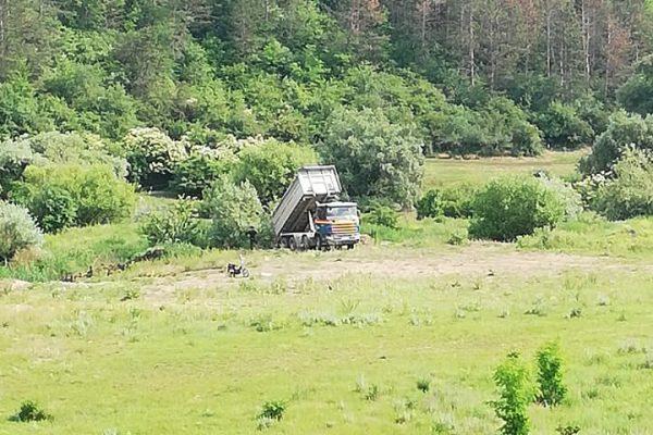 Constructor din Floresti amendat de catre Politia Locala gratie unei postari pe Facebook