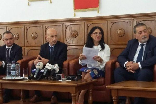 Nici 1 Ron de la Guvern pentru construirea Spitalului Regional de Urgenta Floresti/Cluj