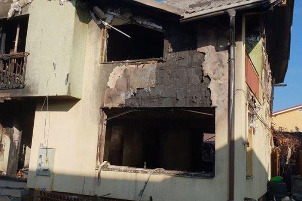 Donatii pentru familiile carora incendiul le-a distrus imobilele. Au fost deschise doua conturi bancare!
